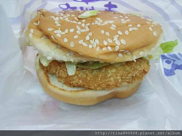 丹丹漢堡-7號餐92-1060218-鮮脆雞腿堡.jpg