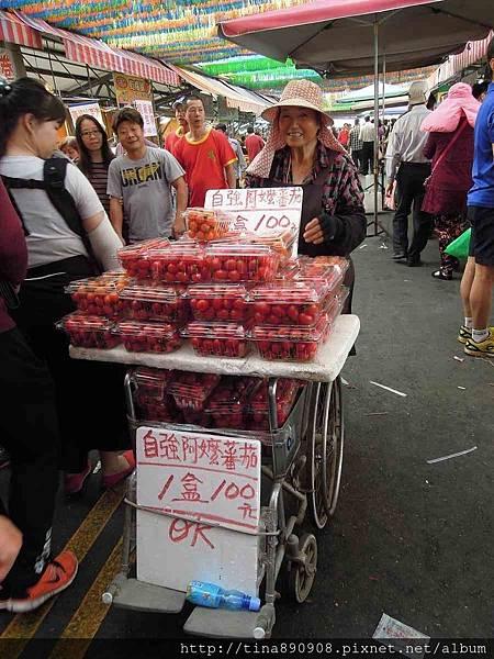 1060312-茄萣-興達港-買海鮮 (9).jpg