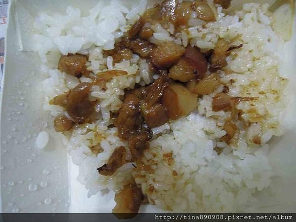 1051109-台南市-東區-黃家豬心-肉燥飯20.jpg