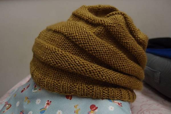 金蔥毛線便便帽1.JPG