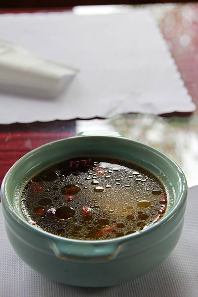 雞腿套餐湯品-山藥枸杞湯.JPG