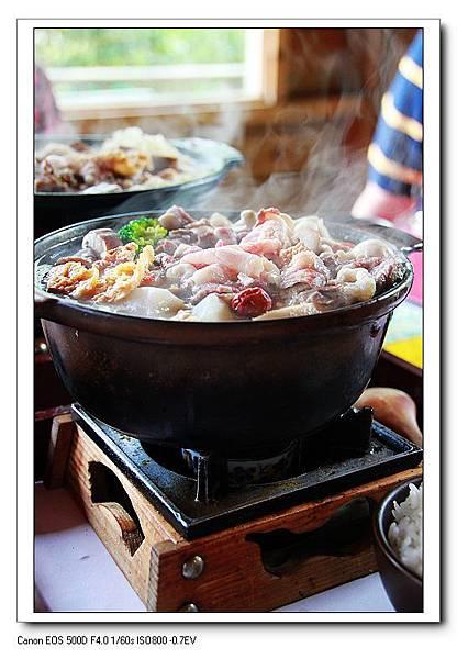 柚根牛肉養生鍋NT350.JPG
