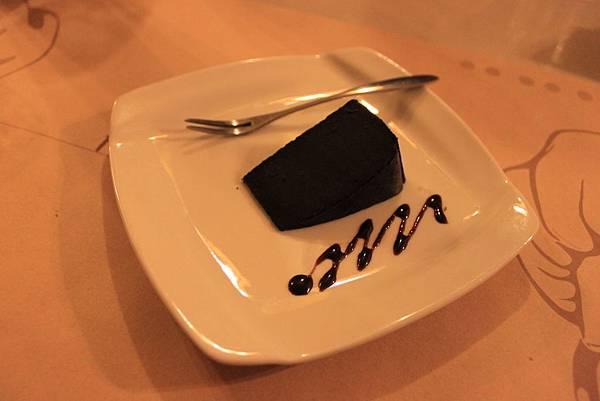 經典巧克力蛋糕.JPG