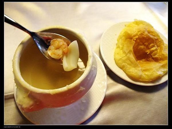 酥皮海鮮清湯.jpg