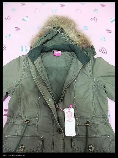 內裡格紋舖棉長版外套.jpg