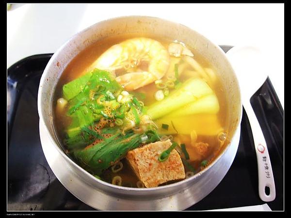 韓式鍋燒麵NT140