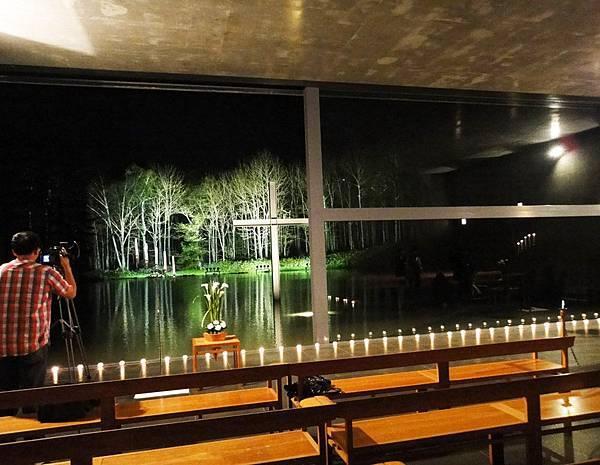 夜間水教堂4.JPG