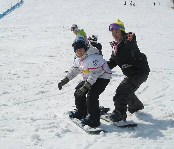滑雪板小子.JPG