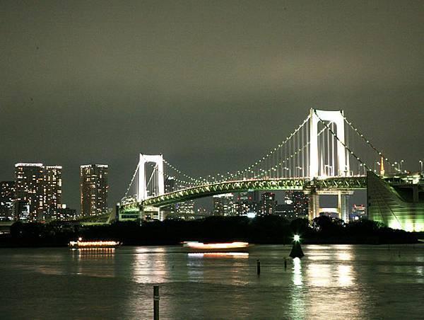 彩虹橋夜景