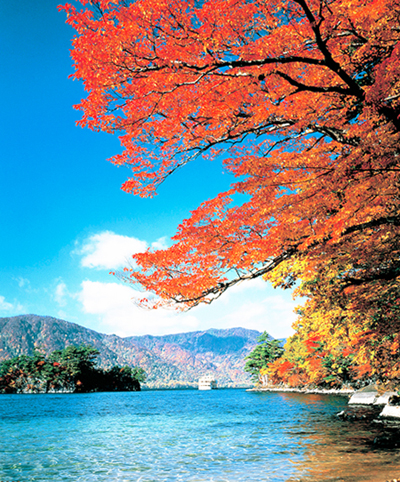 IMG002十和田湖