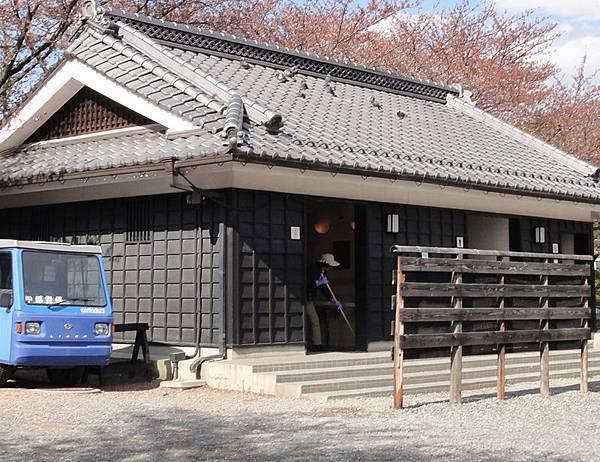 DSC03582松本城廁所