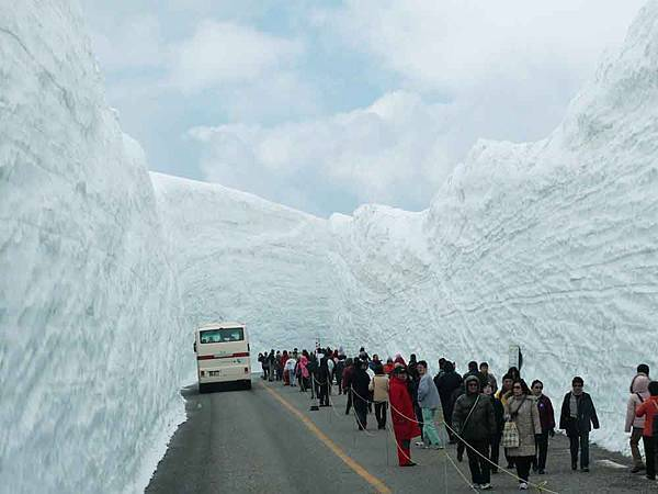 雪牆.jpg