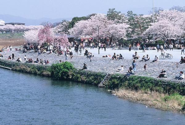 嵐山渡月橋3.JPG
