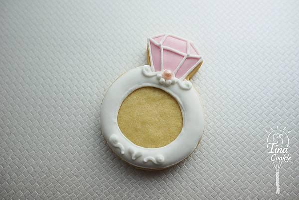 B-5婚禮小餅-鑽石戒指(粉紅).jpg