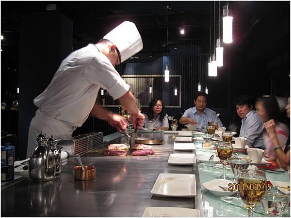年輕的主廚.JPG