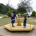 帛琉當地的小朋友