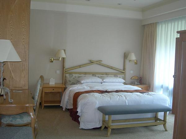 38-套房的床.JPG