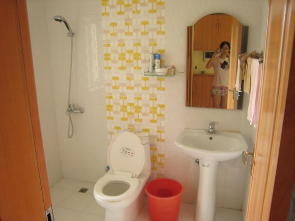 東莞恩恩房間廁所