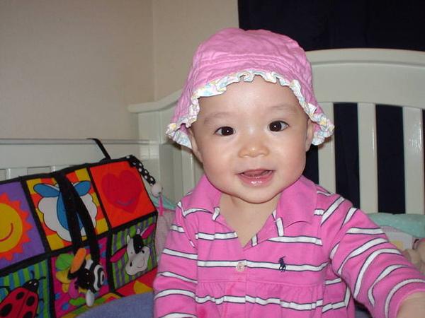 外甥女Winnie穿可愛polo杉