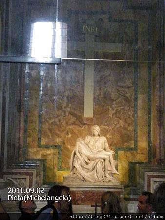 2-31Pieta(Michelangelo).jpg
