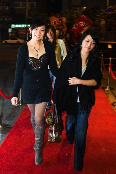 兩位壽星走紅地毯
