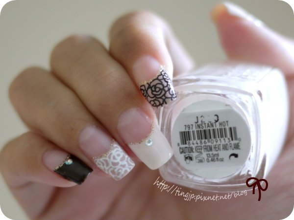 essie #797 INSTANT HOT