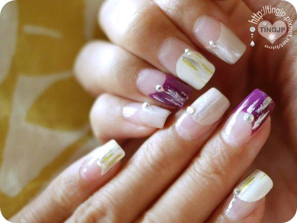 左右手都只有各一指紅紫色