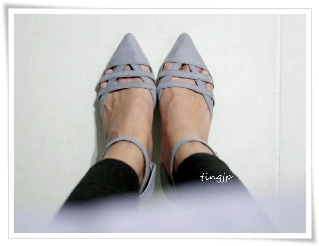 灰色中跟鞋