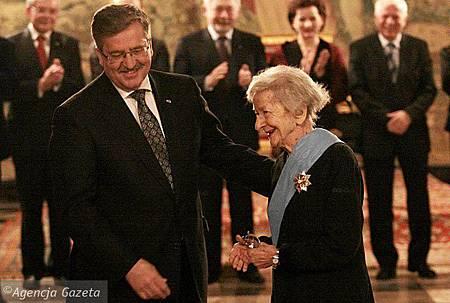 dbd3c_z8959917X_Wreczenie-medalu-Wislawie-Szymborskiej.jpg