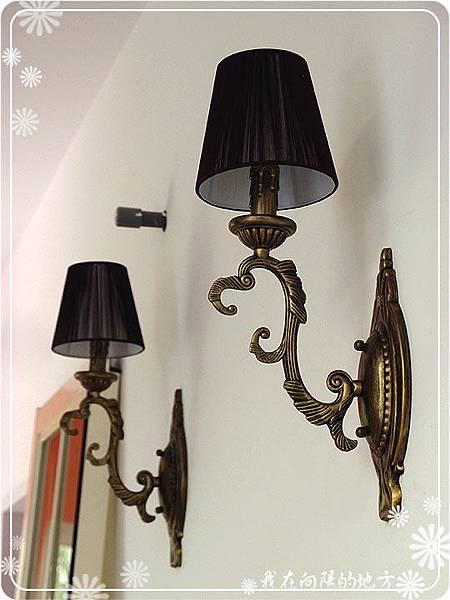 廚房壁燈.jpg