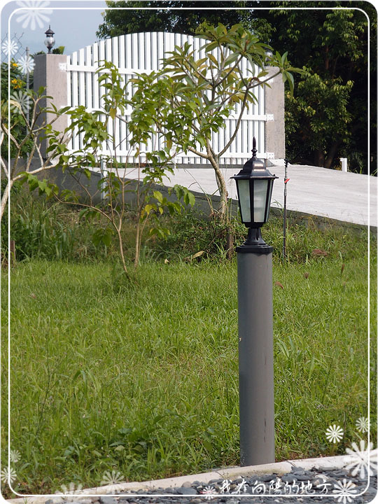 庭園燈_1.jpg
