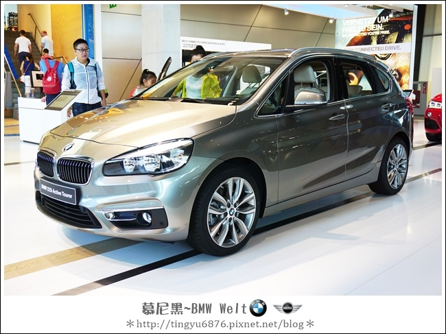 BMW Welt 26.JPG