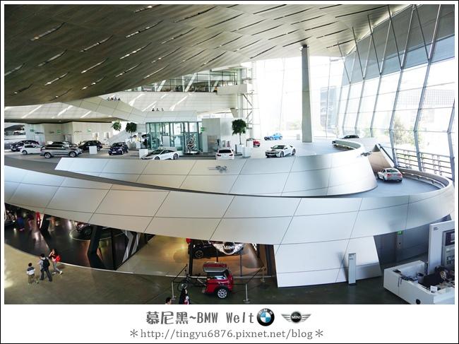 BMW Welt 46.JPG