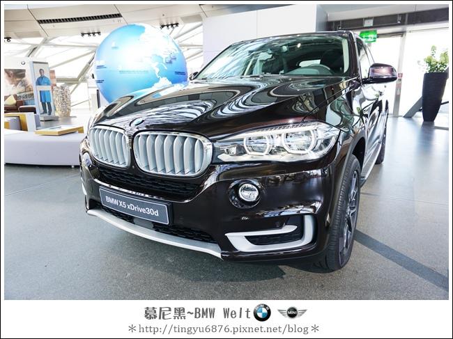 BMW Welt 99.JPG