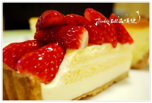 宛如戀愛滋味的草莓蛋糕,幸福甜點!