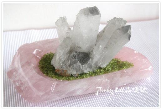 幻影聚富水晶簇+粉晶盤+橄欖石。