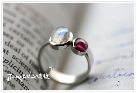 藍暈月光石+碧璽戒指!啟發高層次靈感與能量。尬的!可以這麼準...