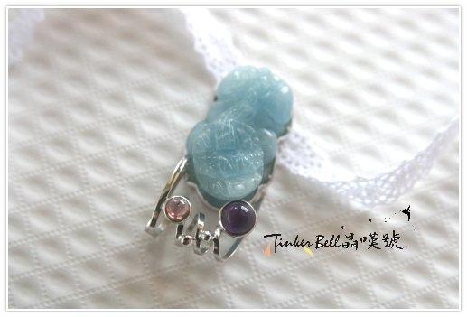 海水藍寶貔貅+紫晶+粉碧璽,豐盛富足不僅協助靈修者更為落地、真實的進入生活,也能影響周遭的人種下豐盛的意識。