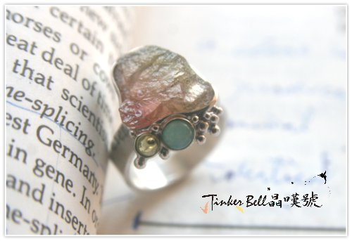 原礦粉橘碧璽+天河石+橄欖石魔法戒指,抽離負面能量漩渦,加強心輪太陽輪能量。.jpg