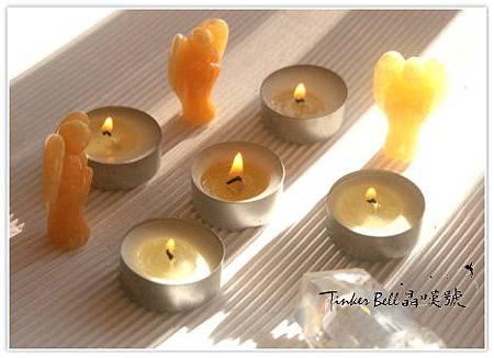 黃方解石天使+白水晶柱+能量光蠟燭,解除舊模式創造新機會進入生活中。.jpg