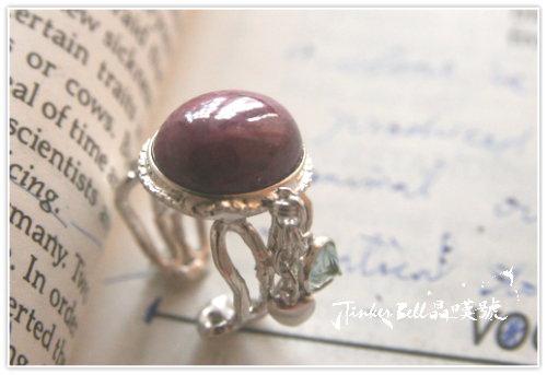 紅寶石+垂吊愛心+搖晃海水藍寶魔法戒指,運用自己的創意、天賦與智慧,使事物變得更美麗、更實用與更有價值。