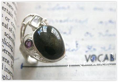星砂黑曜石+月光石+紫晶魔法戒指,揭開啟靈能量.jpg