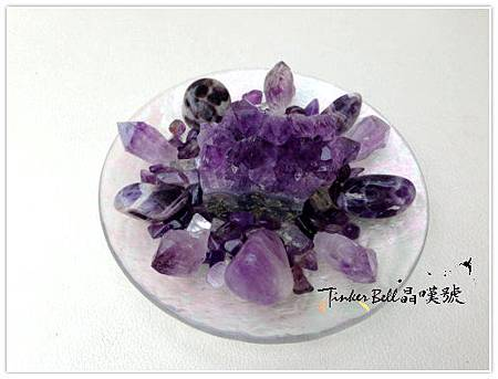 紫水晶淨化脈輪,激發出本具的靈性療癒力。.jpg