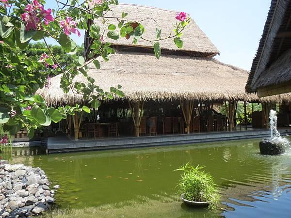 峇里島,水上發呆亭,BALE UDANG,湖上餐廳,時尚玩家,號角祥起介紹