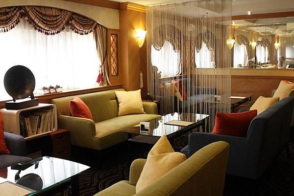 拾柒Café、天成飯店、17樓俱樂部、捷運美食、台北車站附近、隱藏版咖啡館、天成飯店商務中心