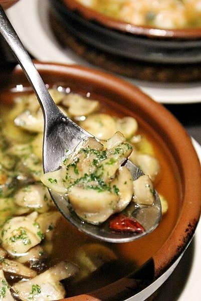 PURO PURO 西班牙傳統海鮮料理餐廳