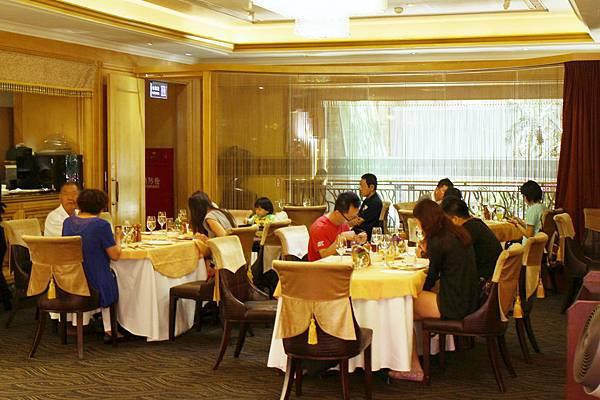 天成飯店_百合咖啡