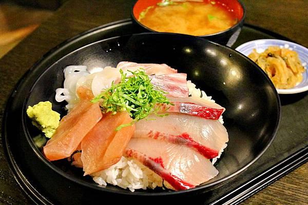 黃金傳說介紹必吃海鮮ㄐㄧㄥ