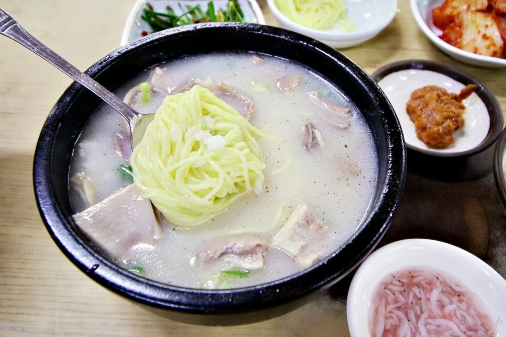 韓國釜山自由行,豬肉湯,