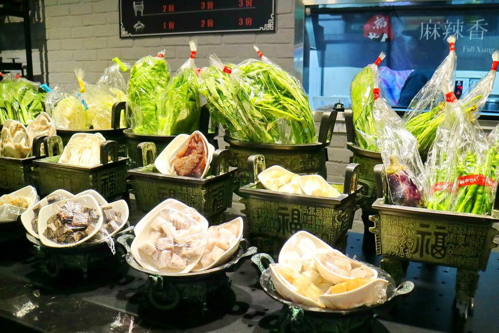 福相麻辣香鍋,、乾式麻辣鍋、四川美食、十三香、敦北美食、小巨蛋美食、敦北朋友聚會餐廳